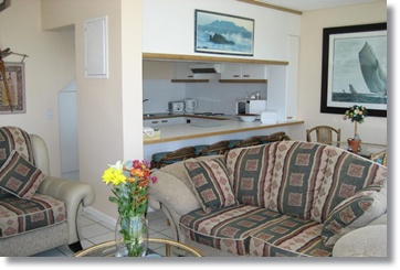 Cape Town Accommodation Villa Bloubergstrand Hotel House