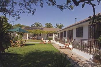 Bloubergstrand Accommodation Guesthouse Holidayhome Hotel
