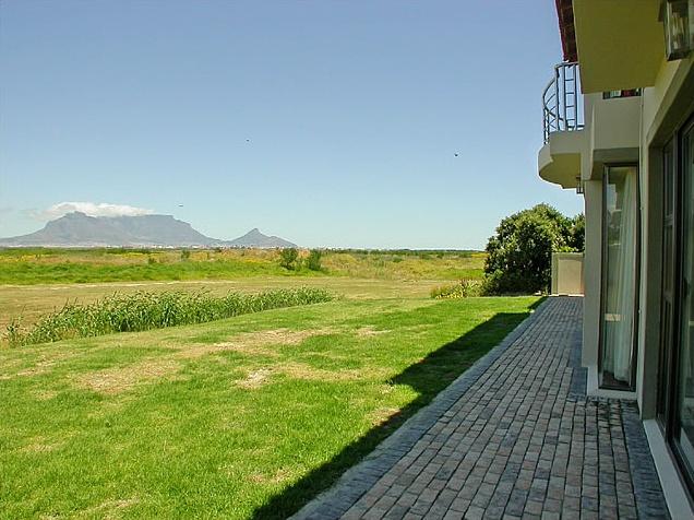 Bloubergstrand Guest House (blo6)