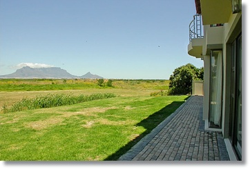 South Africa Holiday Homes Guest Houses Bloubergstrand luxurious Suite