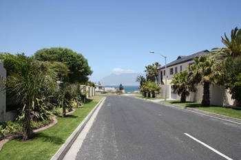 Bloubergstrand Guesthouse Holidayhome Cape Town Hotel