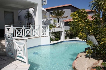 Cape Town Guest Houses Bloubergstrand luxurious Apartments