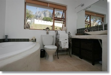 Atlantic Seaside Guesthouses Hotel Suites Campsbay Holiday Homes
